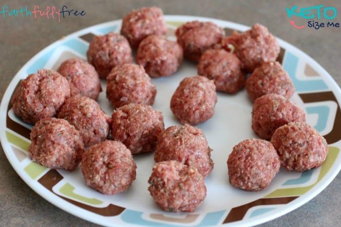 Keto-Baked-Spaghetti-Meatballs