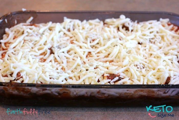 Keto-Baked-Spaghetti-Squash-With-Meatballs
