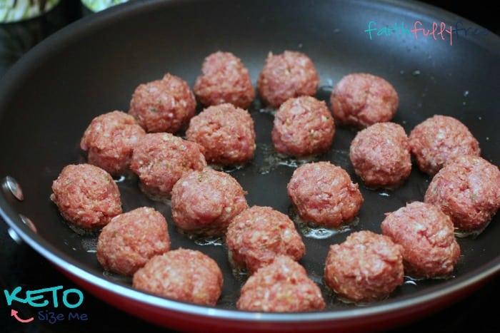 Keto-Baked-Spaghetti-With-Meatballs