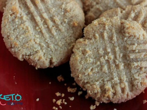 Keto Cinnamon Butter Cookies on a red plate