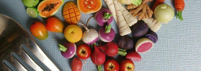 Keto-Fruit-and-Keto-Veggies