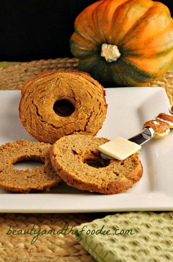 Keto-Pumpkin-Bagels-