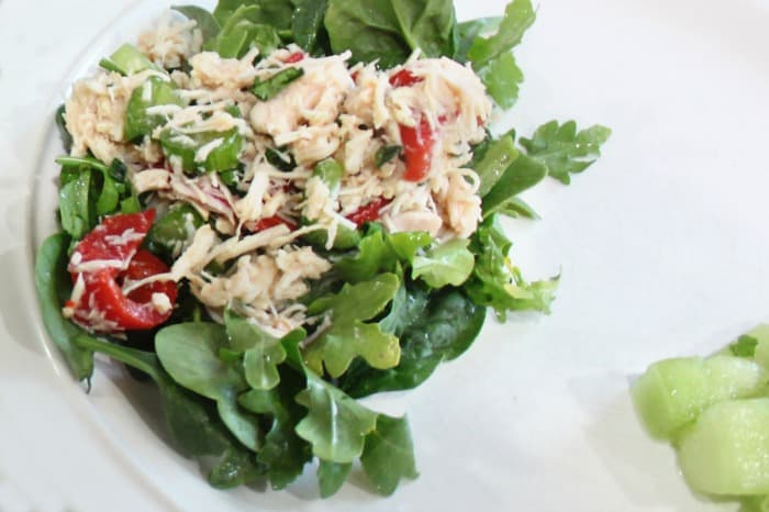 Keto Italian Chicken Salad- A different spin on boring chicken salad! The kids LOVED it! |ketosizeme.com