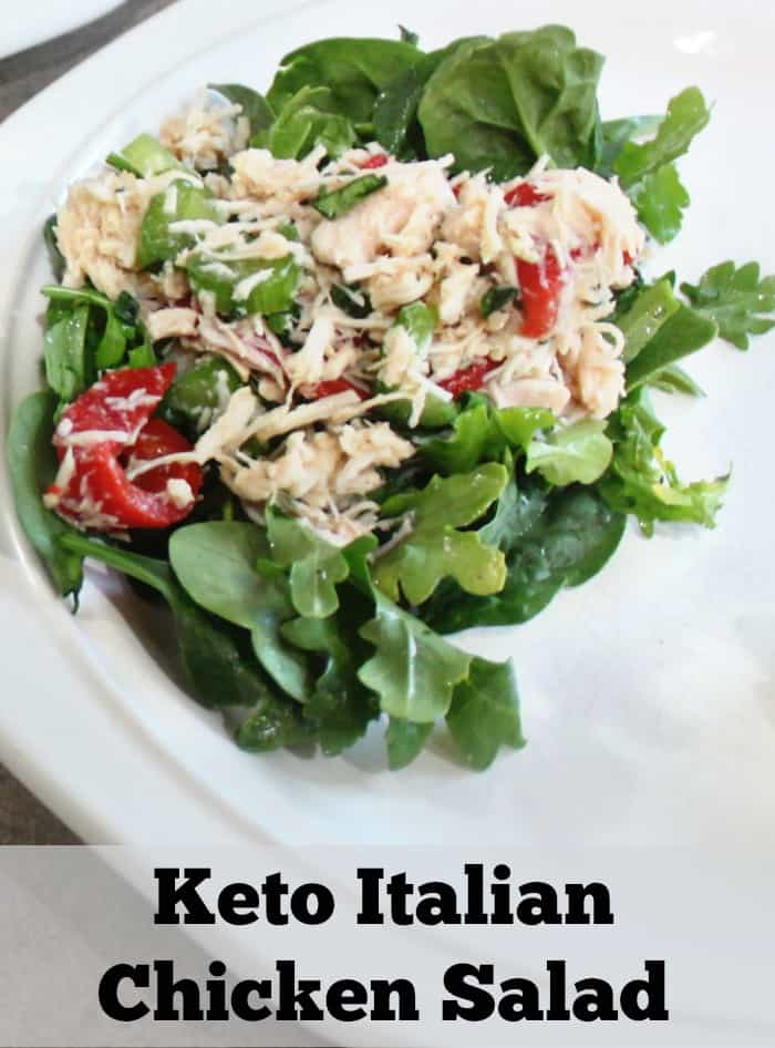 Keto Italian Chicken Salad- I don't even love italian flavors and this chicken salad recipe has me going yum! |ketosizeme.com