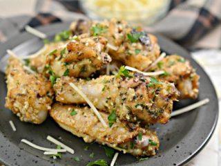 Keto Garlic Parm Wings